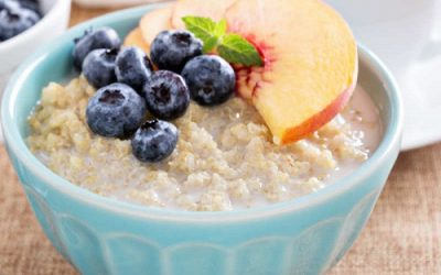 Berry and Quinoa Flake Porridge
